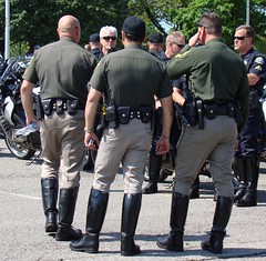 11Law Ride00721 (clockner2) Tags: washingtondc cops boots police uniforms npw nationalpoliceweek lawride breeches motorcyclecops motorcyclepolice nationalpoliceweek2009