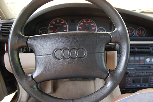 1995_Audi_A6-30