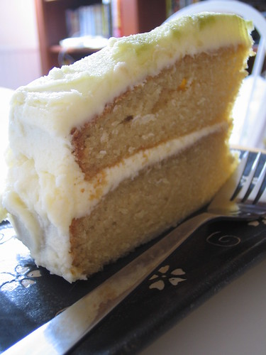 Green tea cake with white chocolate frosting