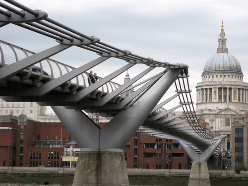 St. Paul's + Millenium bridge