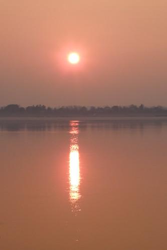 004.湄公河的日出 (3)