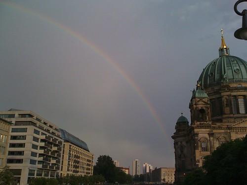 Regenbogen Berliner Dom