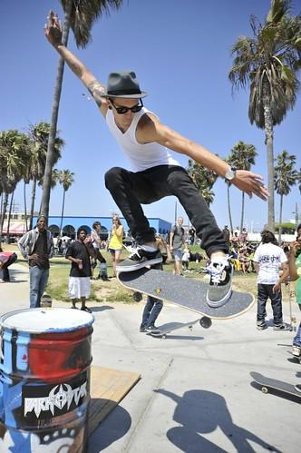 Go SkateBoarding Day at the Venice skate park SMA Santa Monica Airlines