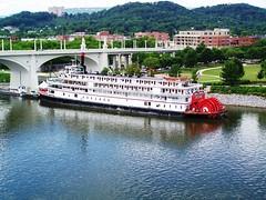 Chattanooga - Tennessee River (M.J.AL) Tags: usa chattanooga tn tennessee choochoo