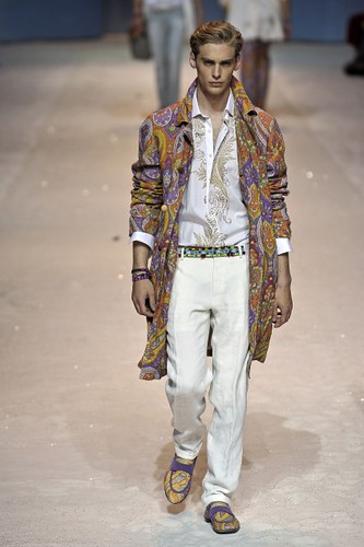 Jeremy Dufour358_SS10_Milan_Etro(first VIEW)