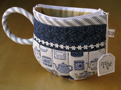 TeaCup pouch 105 (PatchworkPottery) Tags: bag tea handmade sewing crafts country fabric pouch zipper quilted patchwork teacup wristlet
