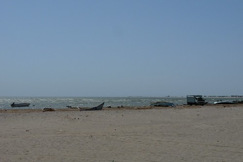 Western shore of Lake Turkana by miocyon.