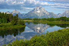 Morning At Oxbow Bend (mstrwhew) Tags: mountains reflection nature water clouds landscape bravo wyoming beautifulscenery grandtetonnationalpark oxbowbend specland naturesmirror platinumphoto pentaxk20d platinumsuperstar imagicland everythingscenery