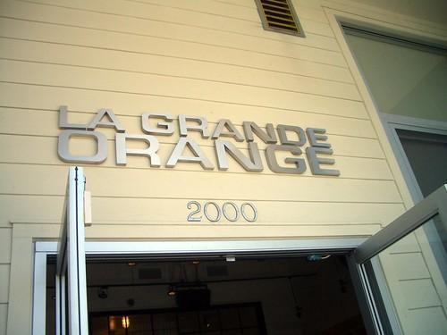 La Grande Orange sign