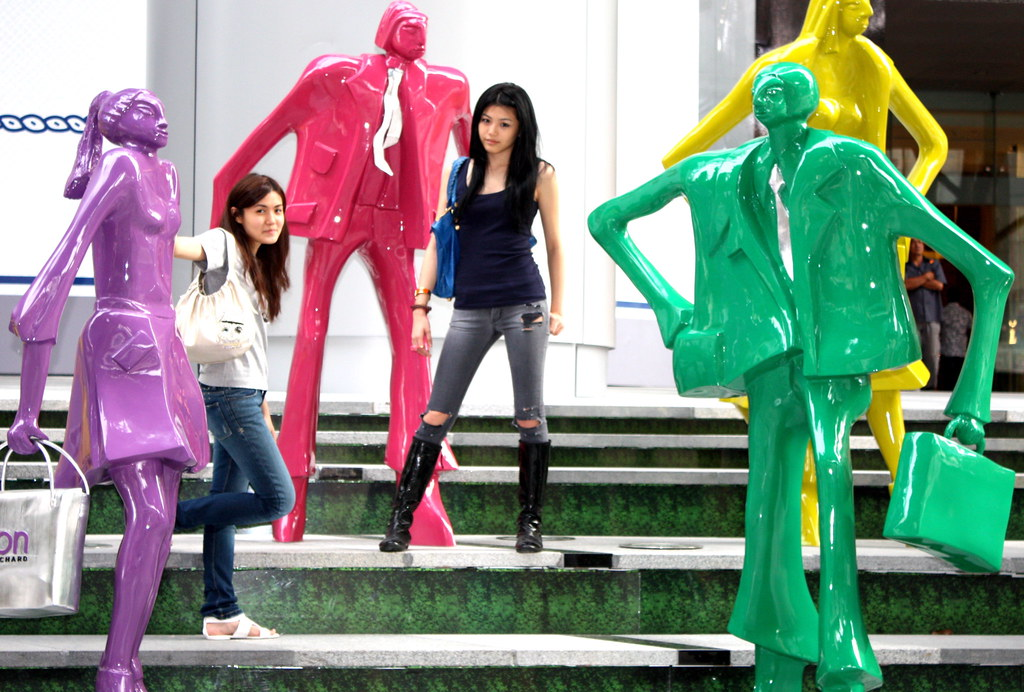 orchard ion singapore statues