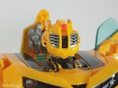 Transformers Bumblebee Human Alliance RotF - modo robot