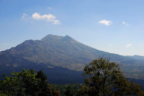 我們爬的Batur火山