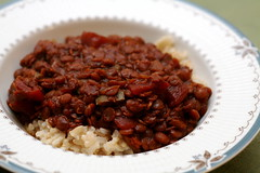 Sweet and Spicy Lentil Chili (.mariannika.) Tags: food cooking ma vegan yum eating vegetarian artisthehandmaidofhumangood 60week freshfromthevegetarianslowcooker eatingonabudget sweetandspicylentilchili