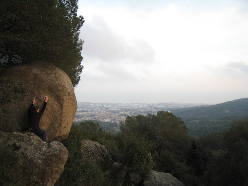 Bouldering above the sea