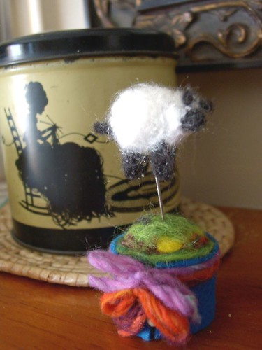 Little Pin Cushion & Sheep Pin Topper