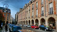 Place des Vosges (Naje tophe) Tags: paris marais hdr jctricky jeanchristopherotat