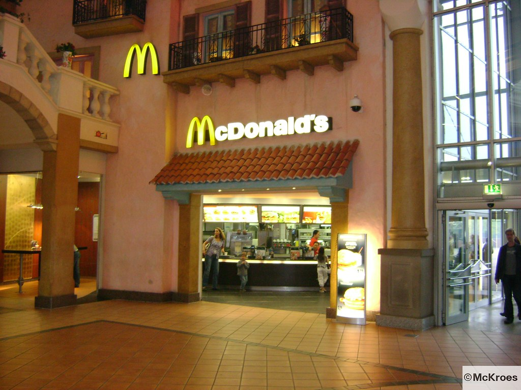 the world 39 s best photos of mcdonalds and oberhausen flickr hive mind. Black Bedroom Furniture Sets. Home Design Ideas