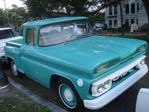 Rust Chronicles 1960 Gmc Truck At Jazzfest Mint Green