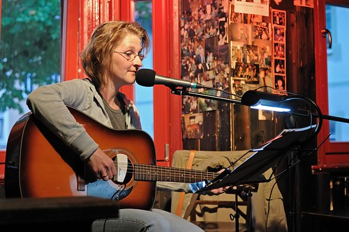 Folk Club presents Marit