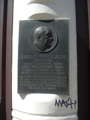 Photo of Edgar Wallace bronze plaque