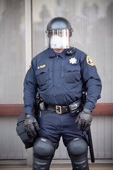 Guarding the County Court Building (Thomas Hawk) Tags: california usa america oakland unitedstates 10 unitedstatesofamerica protest police fav20 eastbay fav10 oscargrant oscargrantprotest oaklandoscargrantprotest011409