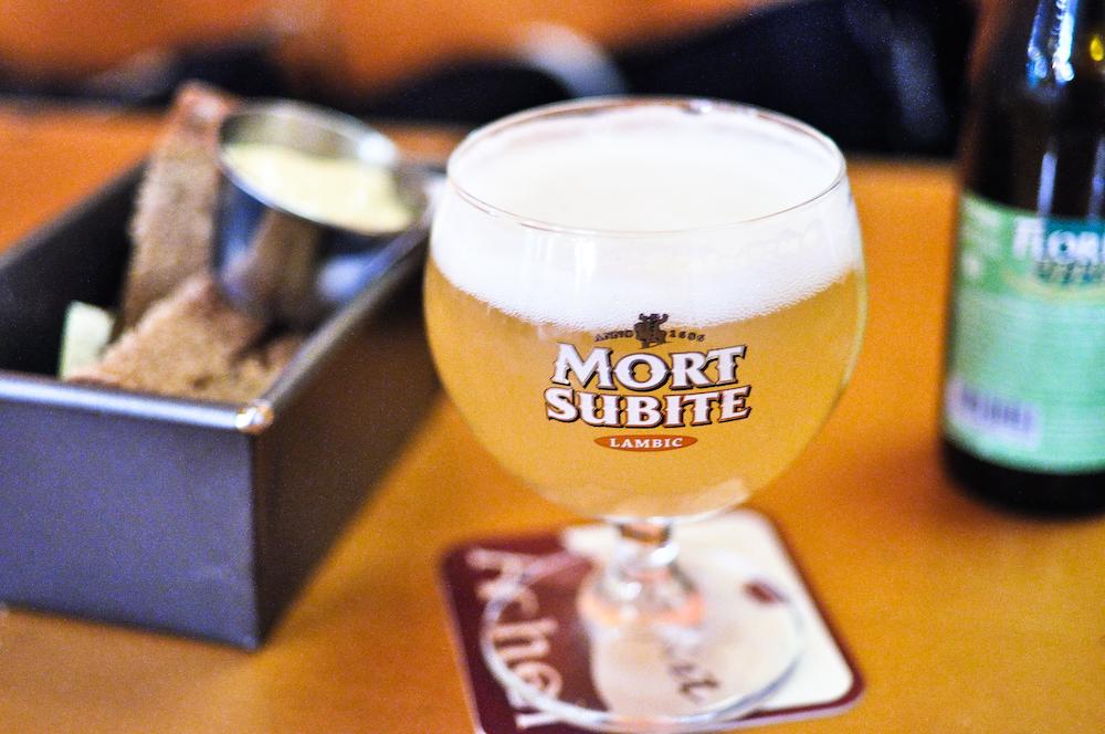 Belgo: Belgian Beer.