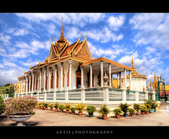 The Silver Pagoda, Phnom Penh, Cambodia :: HDR (Artie | Photography :: I'm a lazy boy :)) Tags: classic architecture photoshop pagoda cambodia khmer cs2 royal kingdom wideangle palace structure handheld phnompenh 1020mm hdr buidling royalpalace artie 1866 emeraldbuddha silverpagoda 3xp sigmalens photomatix tonemapping tonemap 400d rebelxti