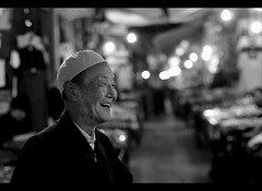 That's a Smile! (davidfattibene) Tags: china urban bw portraits lifestyle xian nikkor 50mmf14d bnvitadistrada bncittà