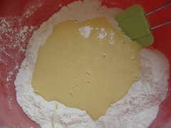 Yoghurt mix in flour well
