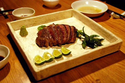 yummy kobe beef with lime