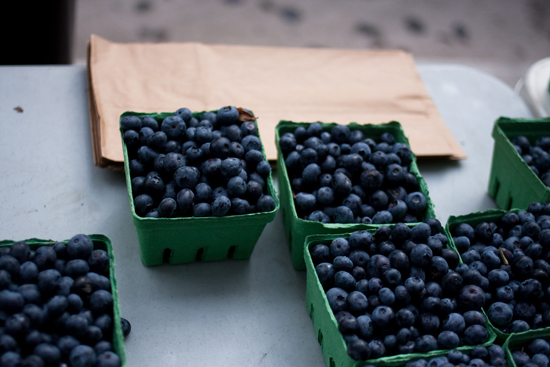 market blueberries