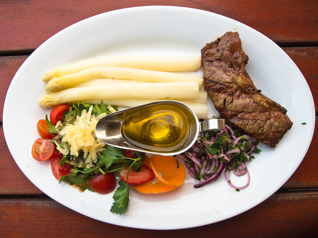 Rump Steak with Fresh White Asparagus - Kueltuerzeit, Friedrichshain, Berlin