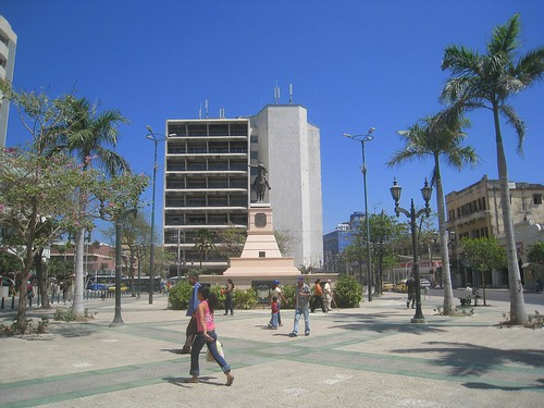 Statue of Simon Bolivar in central Barranquilla