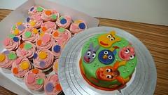 Backyardigans Cake and Cupcakes2 (CAKE Amsterdam - Cakes by ZOBOT) Tags: birthday wedding party feest cakes dutch utrecht verjaardag marzipan specialty fondant backyardigans taart taarten bruidstaart sweetthings zoegottehrer