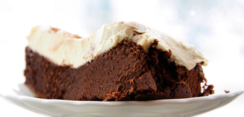 flourless chocolate cake 0491 R