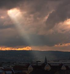 Ray (Daniel Uhrinyi) Tags: orange cloud sun grey march ray pentax iso400 budapest f80 2009 sunray lightroom 11000 68mm smcpda50200mmf456ed k200d pentaxk200d