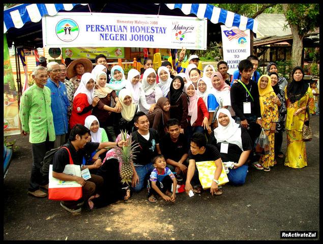 peserta-pengusaha-homestay-bergambar-buat-kenangan