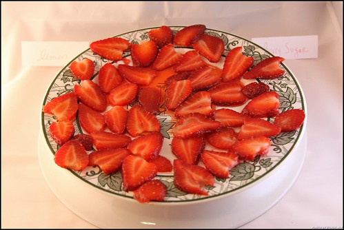 Strawberry Slice Throwdown