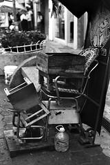 coffee break (8zil) Tags: mexico chair downtown centro silla tabasco shoeshine sinner villahermosa bolero