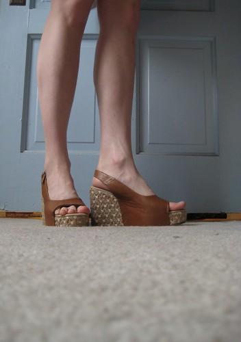 04-05 shoes