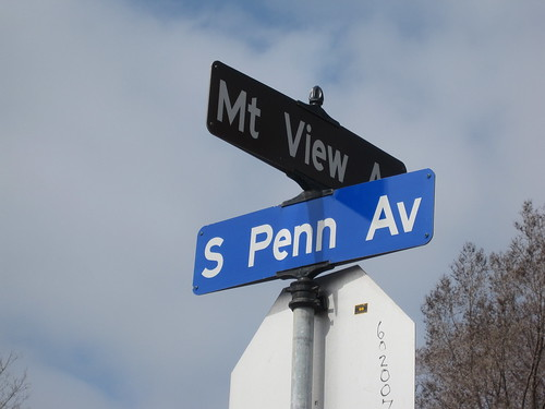 S Penn Ave at Mt View Ave