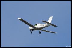 Avioneta (Darkmelion) Tags: españa plane coruña galicia cielo motor aire vehiculos avioneta burgo paseofluvial espaa corua