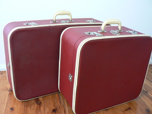 Cleaned vs Uncleaned Suitcases