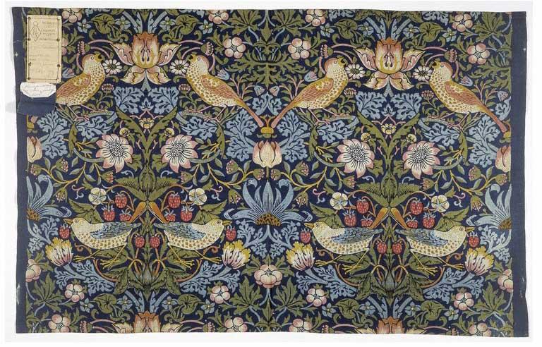 W Ogrodniczkach I Na Obcasach William Morris