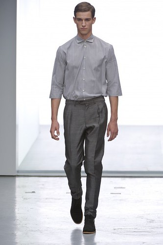 Julius Beckers320_SS10_Paris_Cerruti