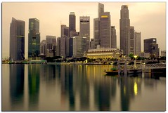 - Singapore Skyline - (hooi kuan aka mangchong) Tags: reflection skyline skyscraper singapore highrise modernarchitecture hdr singapura singaporeskyline thelioncity