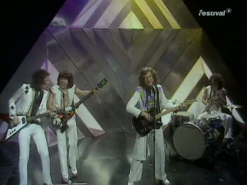 Top of the Pops (25 December 1974) [TVRip (XviD)] preview 13