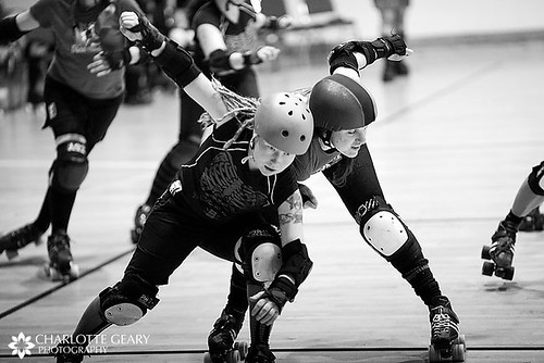 Duke's Death Ro holds off the RMRG pivot. Photo: Charlotte Geary.