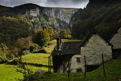 DIL0323 (artzubi) Tags: landscape farm euskalherria basquecountry zuberoa baserria paisaia santagrazi