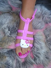 PinkY~ Hello Kitty Sandals (Pinky Anela) Tags: pink summer hk cute beach hellokitty pinky sandal